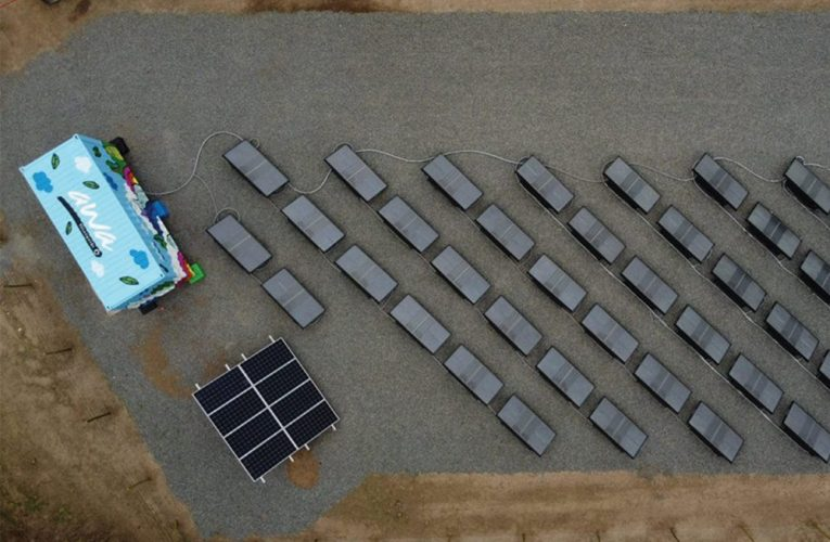 Using PV to produce potable water from humidity